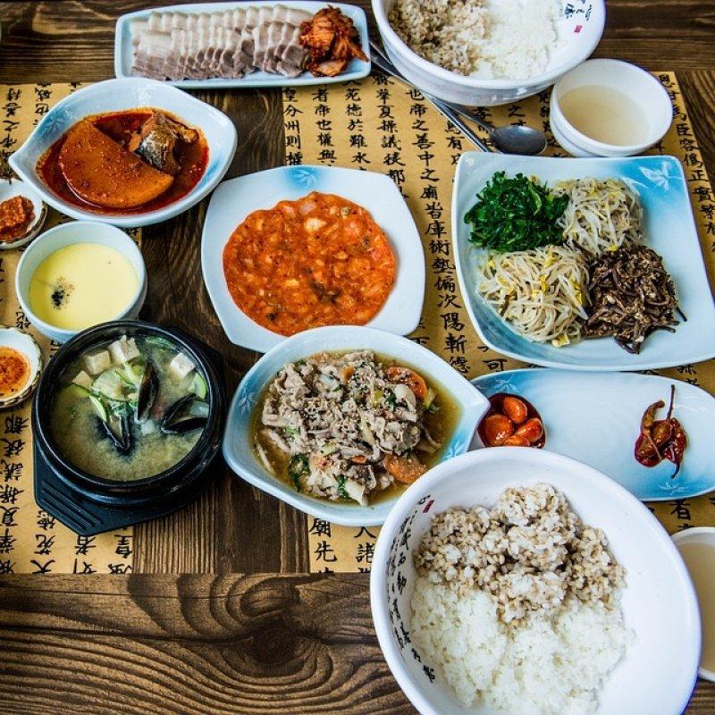 I Giochi Olimpici Invernali sono finiti e noi usciamo a mangiare coreano. Ecco i migliori ristoranti del Veneto per Kimchi, Galbi & co.