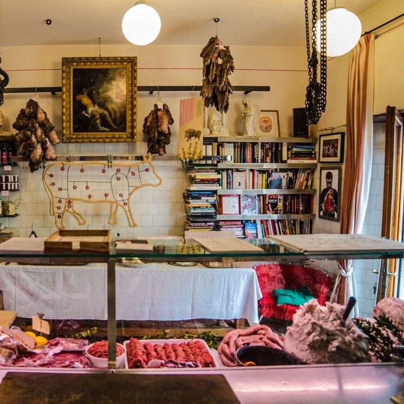 Dario Cecchini, il patron della celebre Antica Macelleria Cecchini, apre due locali a Brescia