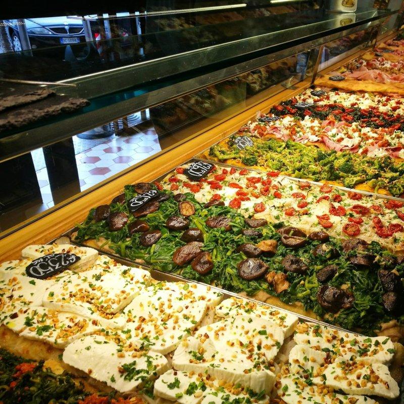 Street food a Roma, ecco le 5 pizze al taglio per uno spuntino perfetto
