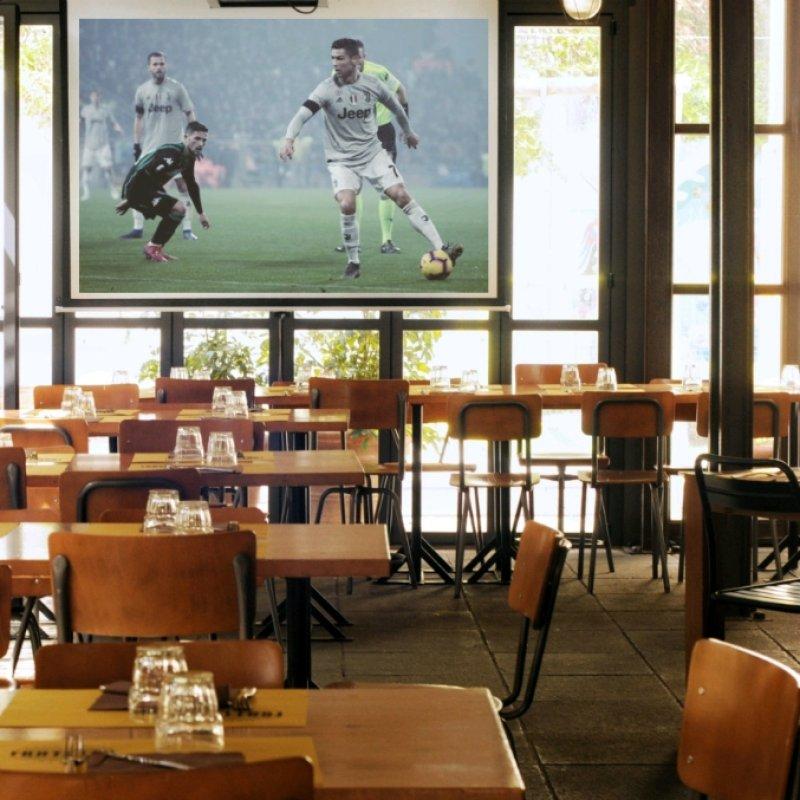 Partita, cena e birretta? La combo perfetta! I locali di Roma dove cenare e godersi il calcio in tv