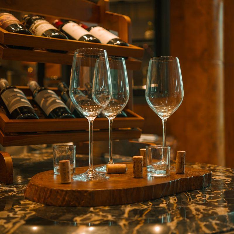 Covid: a rischio vini e spirits secondo Federvini