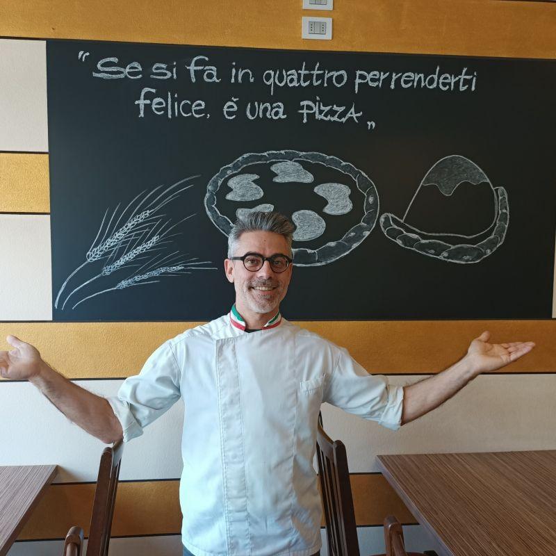 La storia di Bruno Parricelli, pizzaiolo ricercatore che usa una tecnica di lievitazione che ha 300 anni