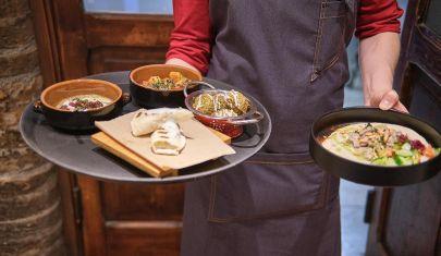 """Mangiare bene spendendo poco: 10 locali """"low budget"""" a Brescia e dintorni"""