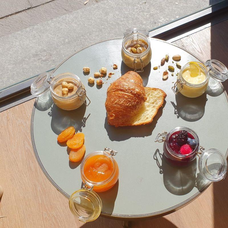 A Milano ha aperto il primo cafè e nut roastery d'Italia