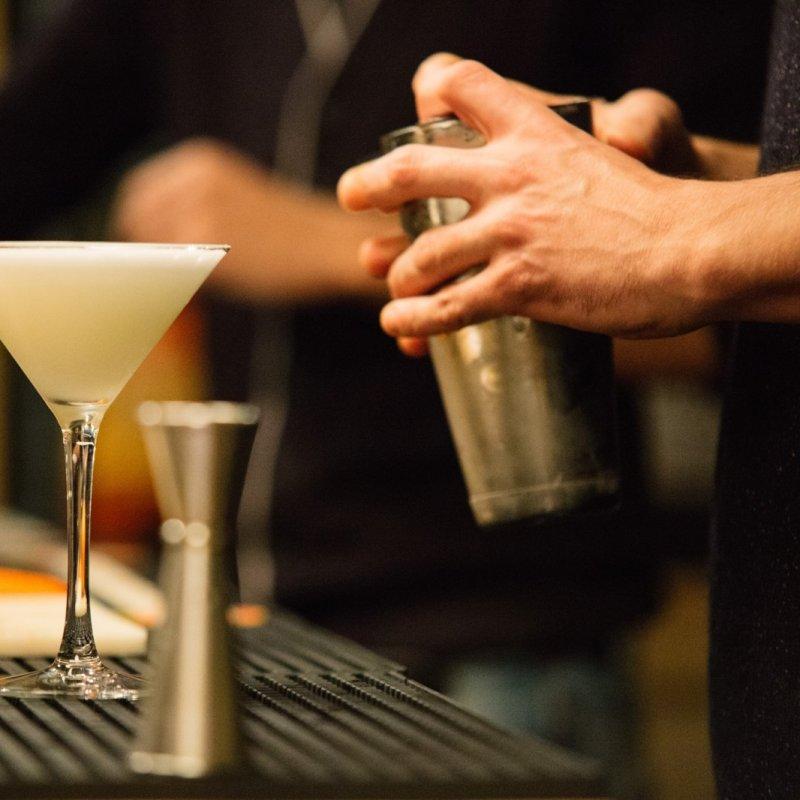 Dive Bar: ovvero, il locale sotto casa che non ti tradisce mai. Ecco gli storici di Firenze.