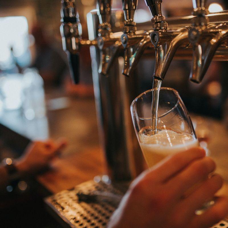 Bar in crisi: fra ritardo dei Ristori e probabile divieto dell'asporto serale