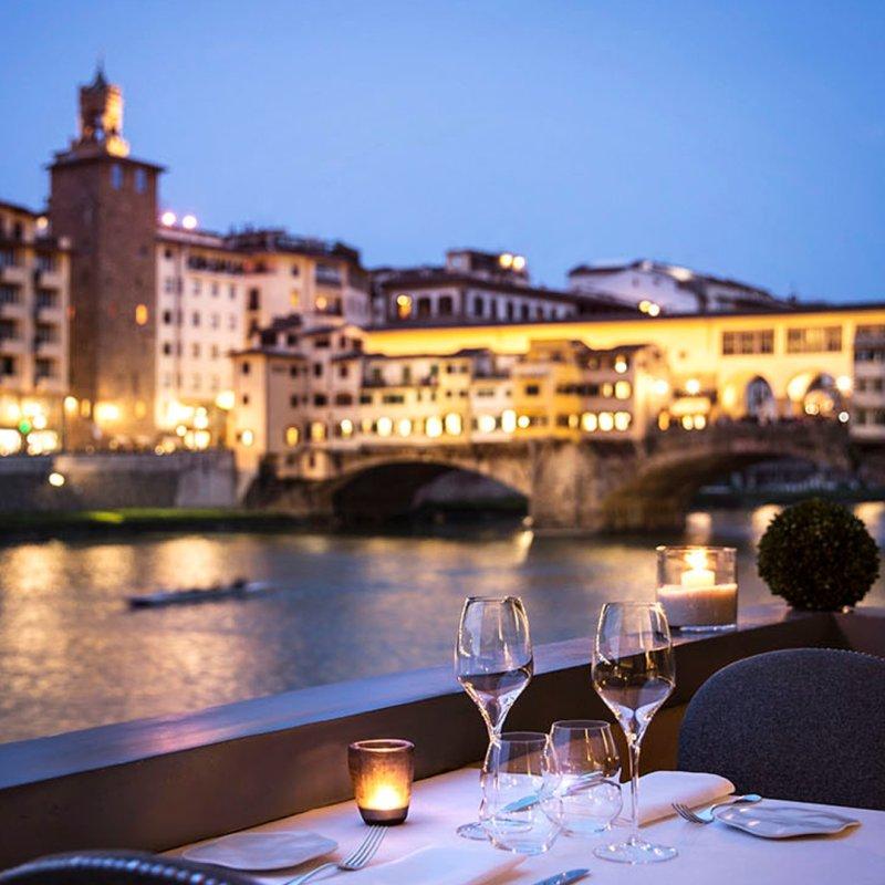 Le 8 esperienze magiche da vivere nei ristoranti romantici di Firenze