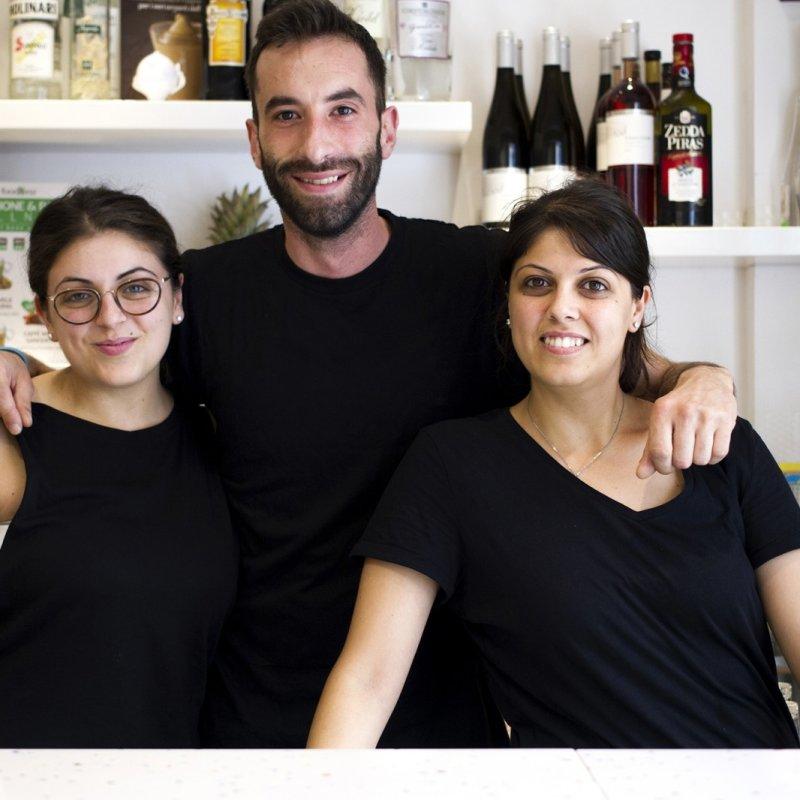 Giovani imprenditori crescono: La Vetta dello Spritz di Lecce compie due anni tra qualità e umiltà
