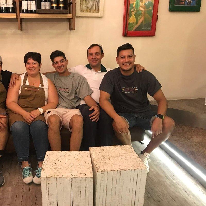 Empanadas Y Alfajores! I Kelm presentano Carolina a Conegliano