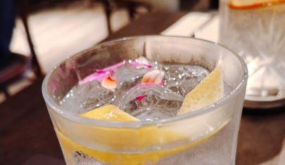 Il mondo del gin è arrivato a Mestre con Petit Bistrot