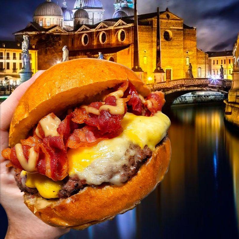 Il panino sludro degli influencer ora te lo puoi comprare: anche a Padova