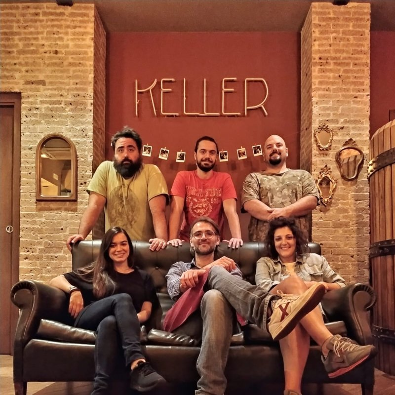 Benvenuti al Keller Pub: la Bat-Cantina per gli eroi in libera uscita