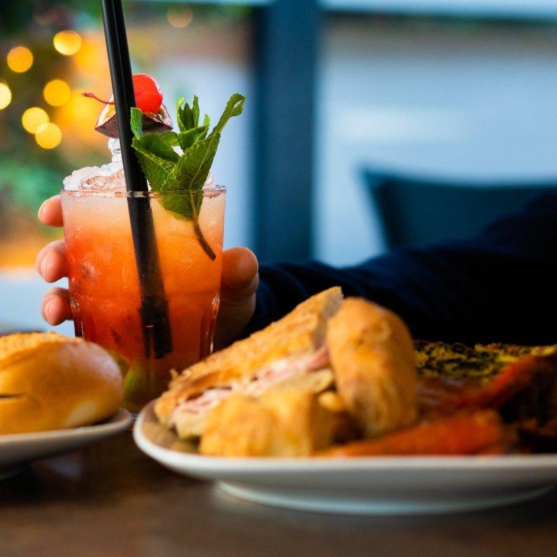 Piazza Bologna è più viva che mai: 4 locali dove l'aperitivo è un must