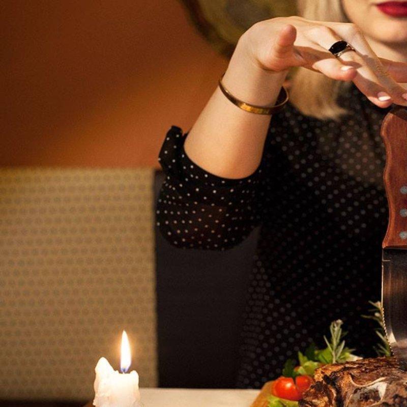 Appuntamento fiorentino: dove portarla a cena fuori prima che lei faccia fuori te