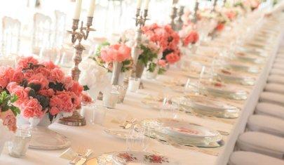 Raffinato e intimo, sul Garda o a Verona: il matrimonio no cafonal esiste e ti spiego come organizzarlo
