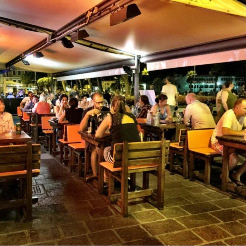 Vivi Cafe La Brasserie 15: sul lungolago di Desenzano un ristorante dove la qualità è protagonista assoluta