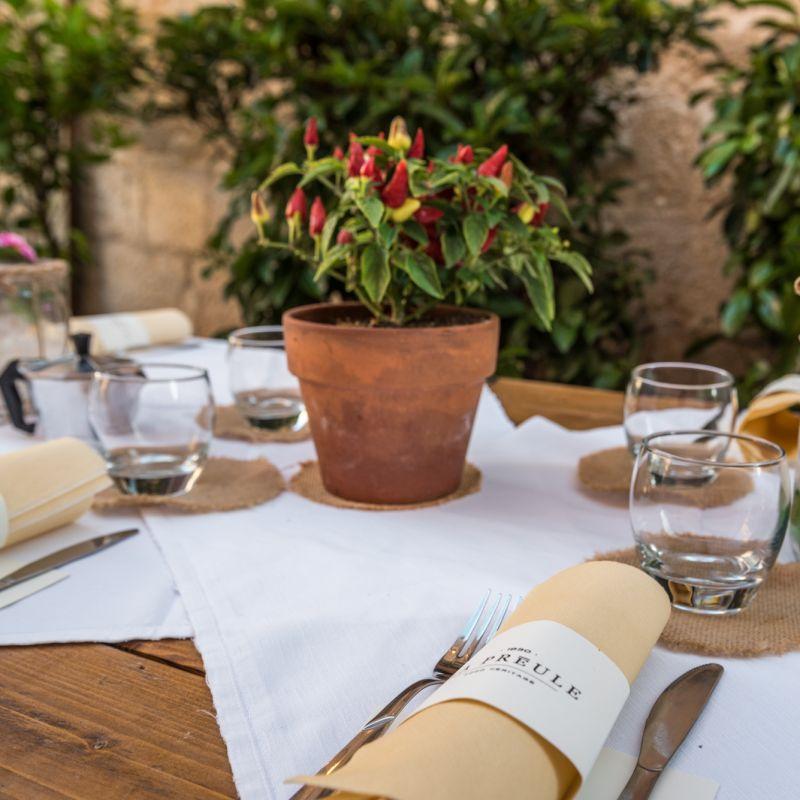 I 5 locali dove mangiare ancora all'aperto a Canosa