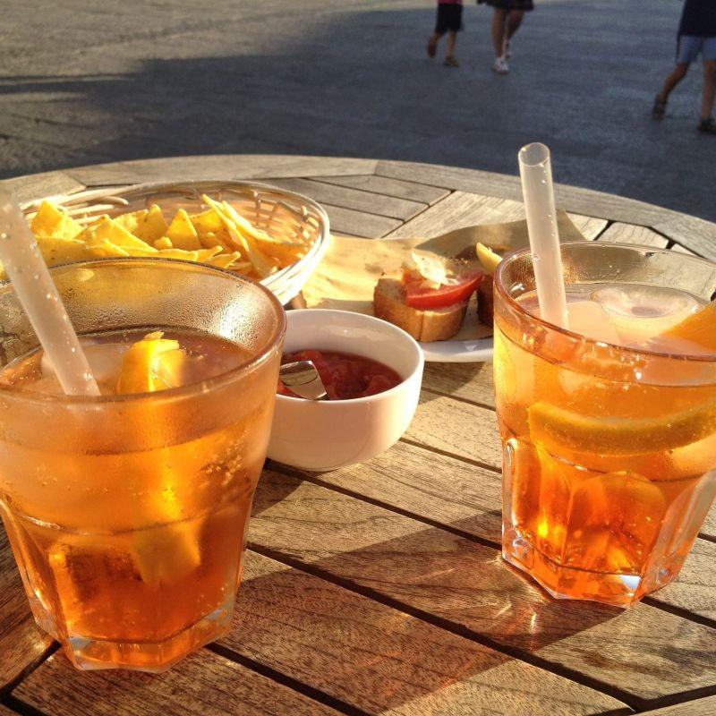 Perché fare l'aperitivo a Francavilla al Mare è meglio che a Pescara