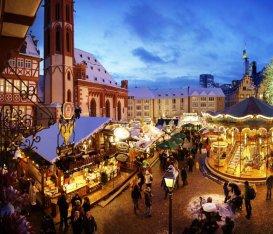 Vin brulé, brezel e frittelle di mele come non ci fosse un domani: i mercatini di Natale più belli (e famosi) d'Europa