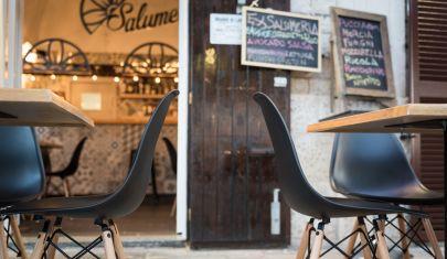 Dall'aperitivo alla musica dal vivo: mangiare all'aperto a Bari, quartiere per quartiere