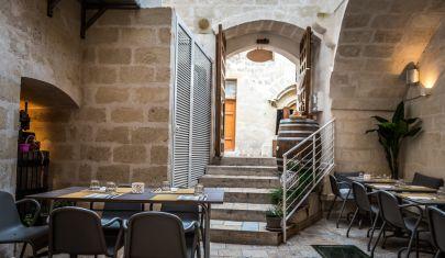 In cantina o in gattabuia? Dove mangiare a Matera, godendo (anche) della frescura dei Sassi