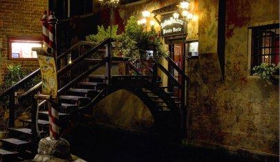 Poste Vecie: il ristorante all'interno del Mercato del Pesce di Rialto