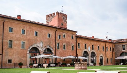 L'ospitalità di lusso è un matrimonio d'amore fra storia e design all'Hotel Veronesi La Torre, a Verona