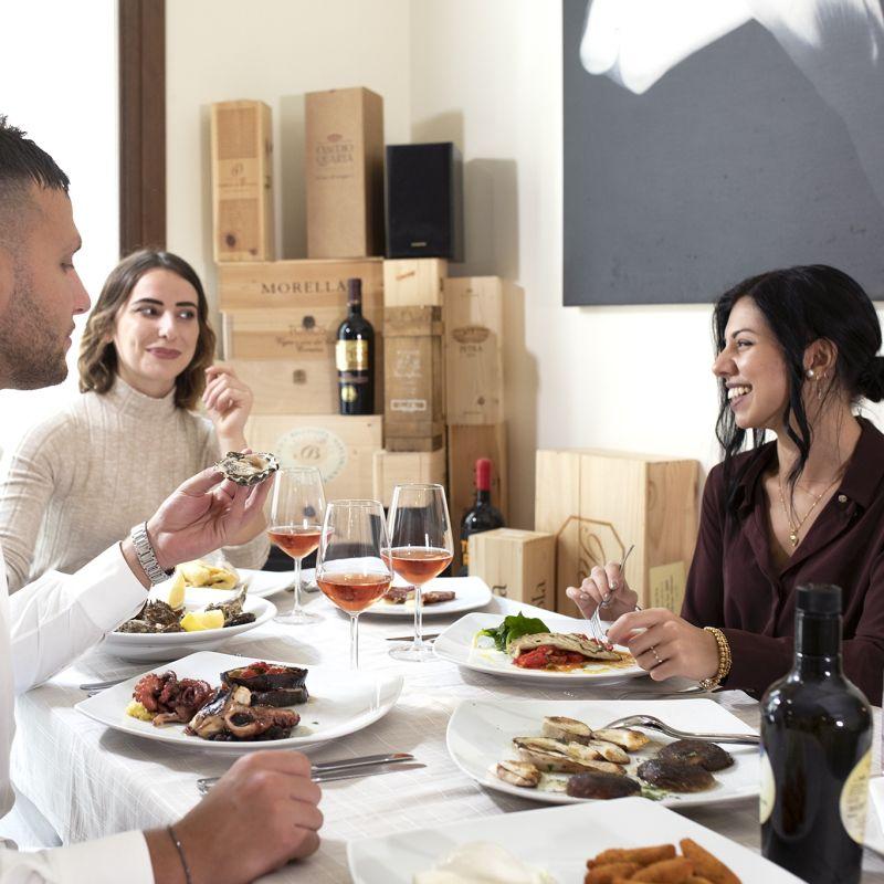 Pranzo in famiglia al ristorante: 10 locali di Lecce e dintorni dove sentirsi a casa