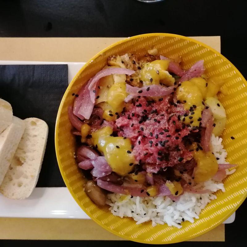 Poké Tartare, tonno rosso, mango fresco e vino buono: il mio pranzo a La Terrazza di Mogliano