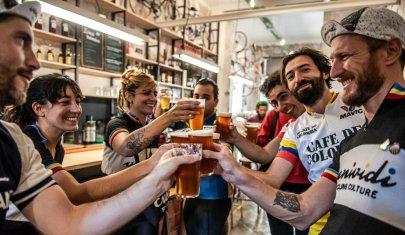 Direttamente dal nord Europa, ecco i bike bar che devi provare, perché sono hipster nell'anima