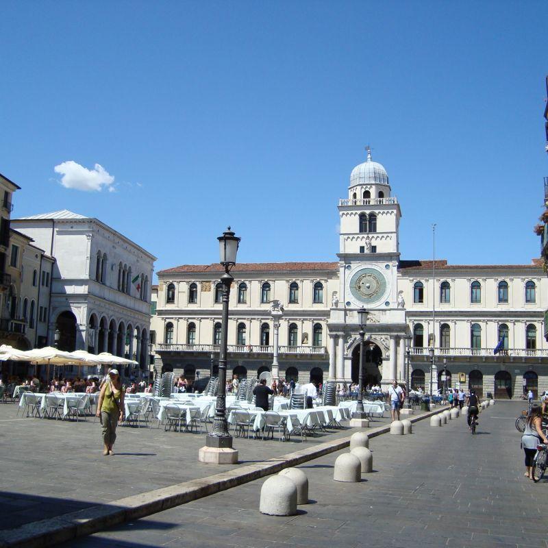 """A Padova per il weekend lungo? Che """"traffico"""" di voglie! Tutta colpa (o merito) dei delivery"""