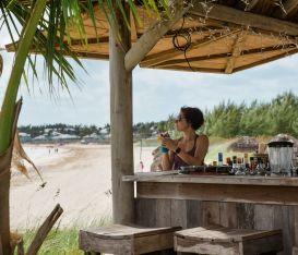 Il calendario delle riaperture: dai ristoranti alle palestre, dalle spiagge ai teatri