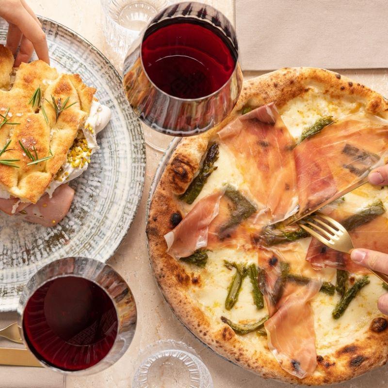 A Milano ha aperto una pizzeria con eccellenze da tutte le regioni d'Italia