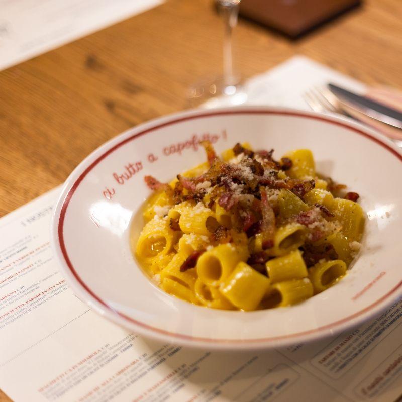 Niente paura: il delivery food&wine che ti soccorre nella Brescia arancione scuro