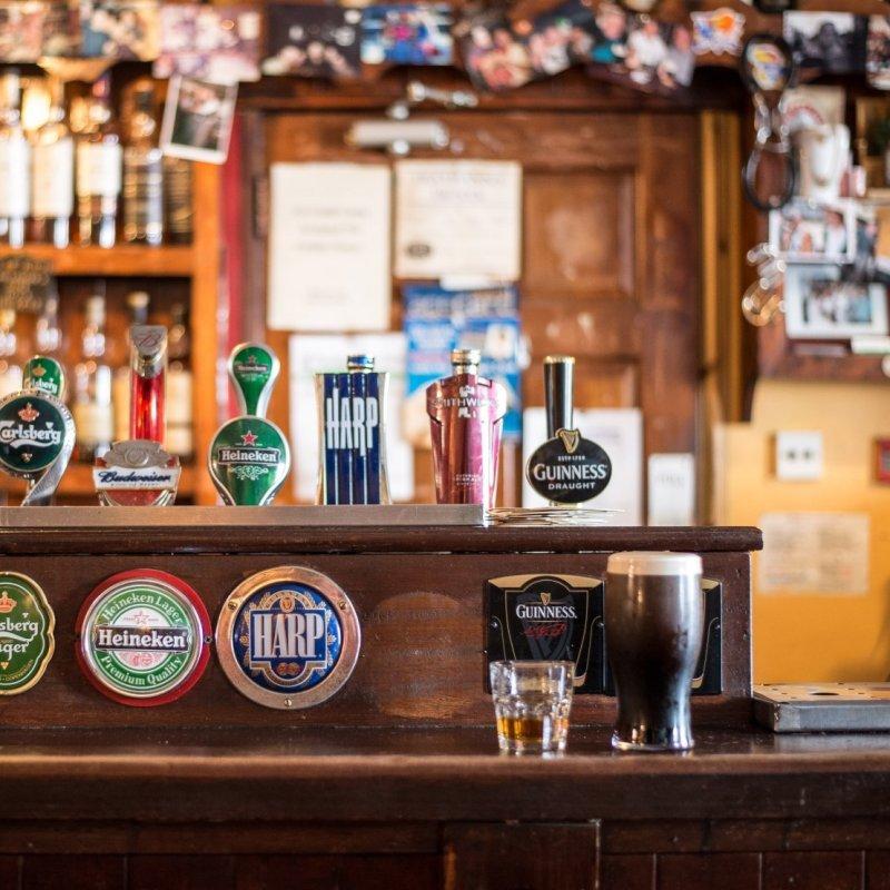 Seratona tra amici? Prova i più autentici pub in stile scozzese del Veneto
