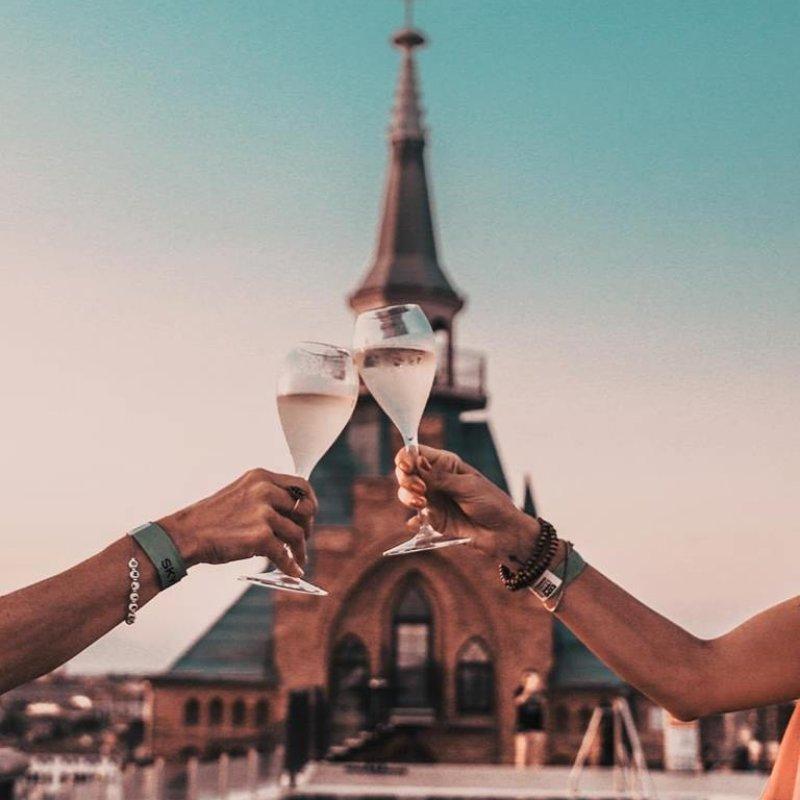 Se devi farlo, fallo bene: per un calice di Champagne a Venezia