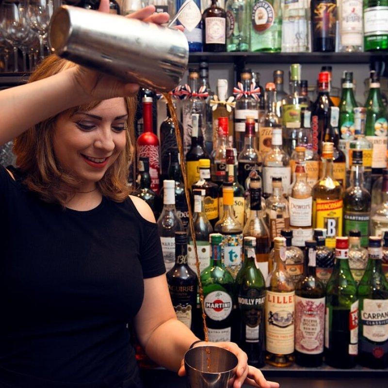 Le barlady di Milano che devi conoscere