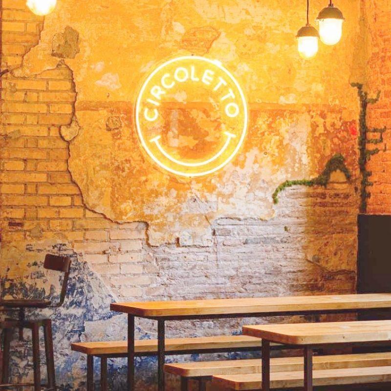 A Roma ha aperto un nuovo locale dove in cucina ci si diverte senza dover fare i fenomeni
