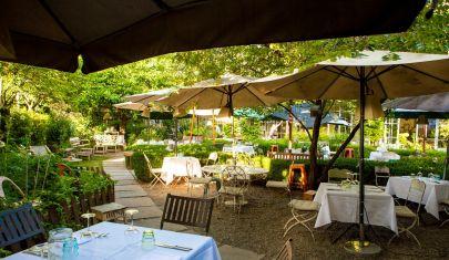 I ristoranti dove mangiare all'aperto e nel verde a Milano