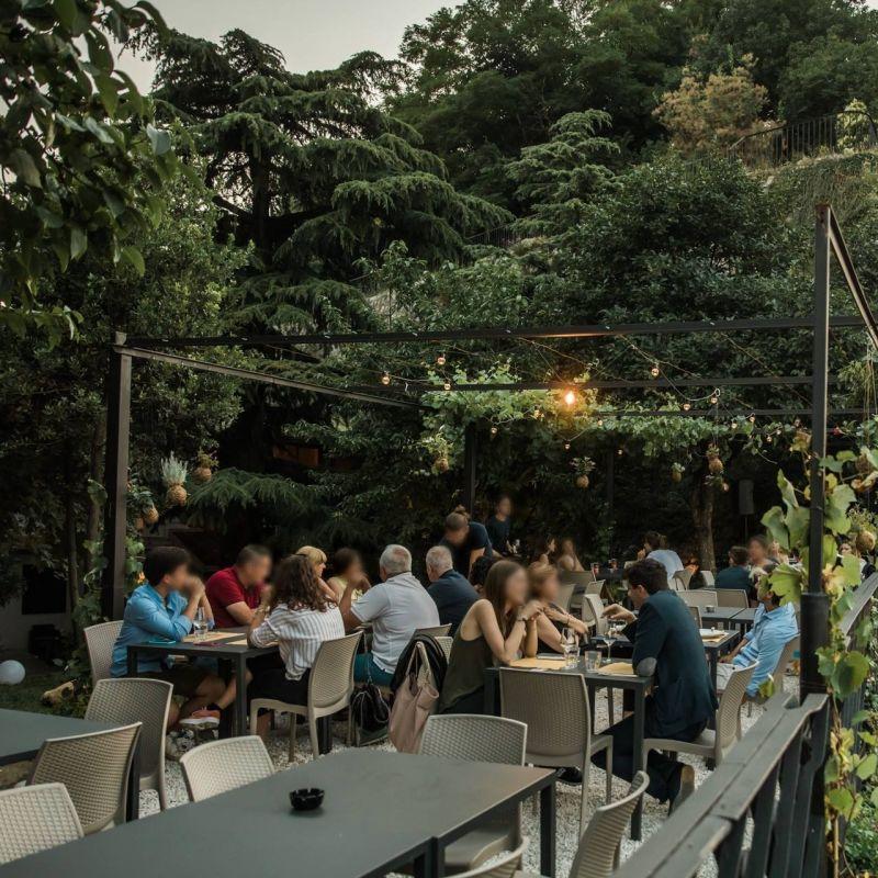 Come ti reinvento la cena all'aperto: i ristoranti che hanno puntato tutto sull'outdoor