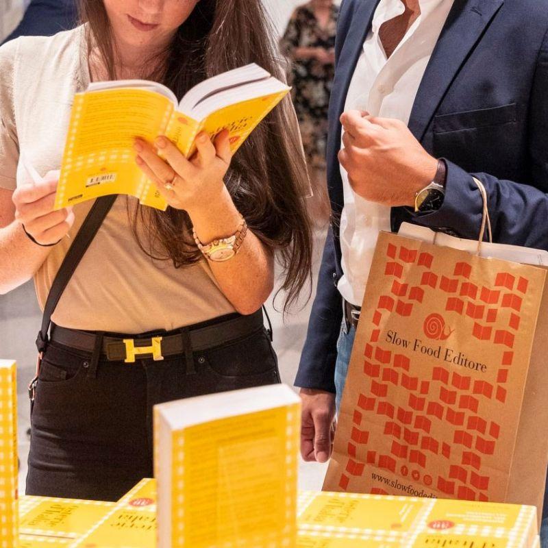In arrivo in edicola Osterie d'Italia 2021 di Slow Food Editore