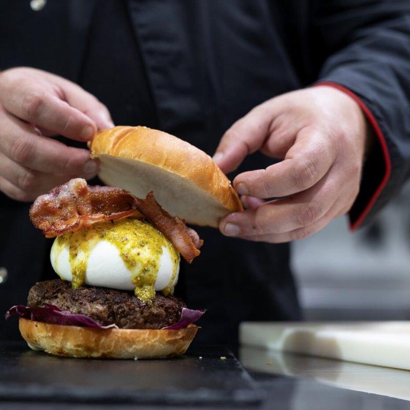 Morsi di felicità a strati: 10 hamburgerie che devi assolutamente provare a Lecce