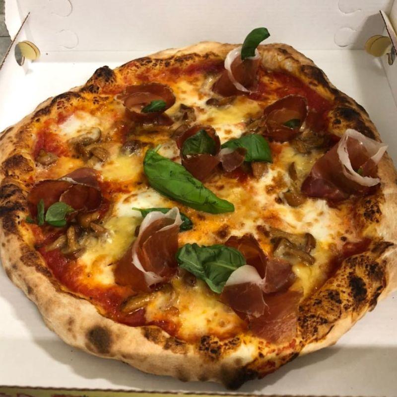 Una favola di pizza arriva nelle case di Firenze