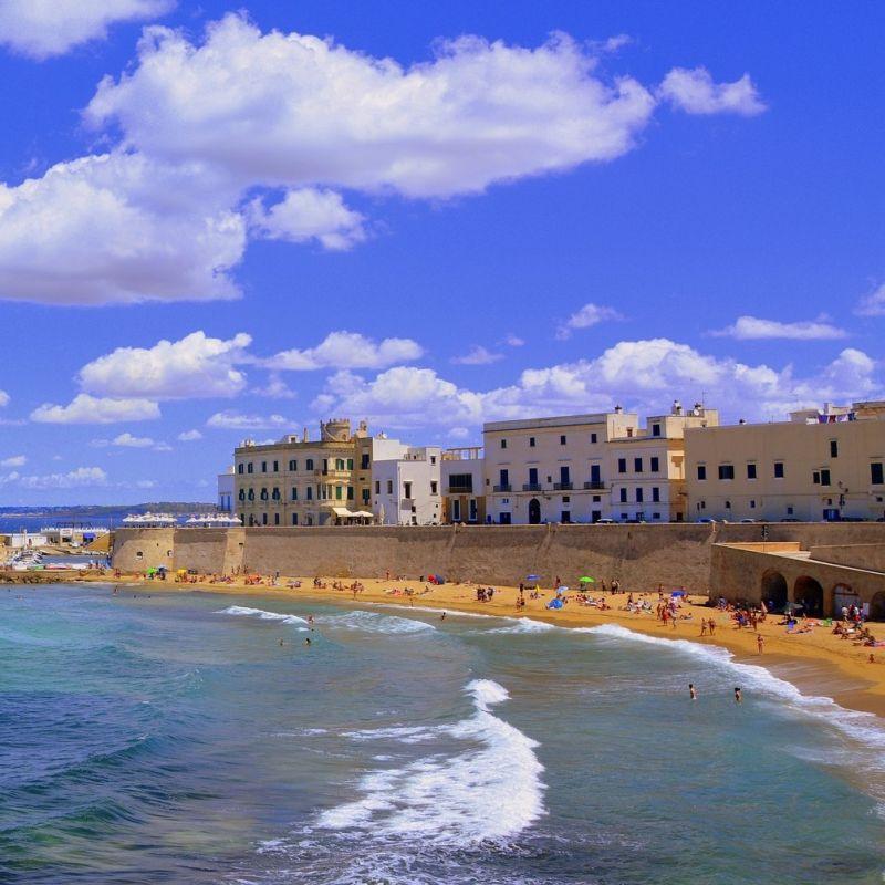 Tour gastronomico di Gallipoli: cose buone e bellezze cittadine per godersi l'estate