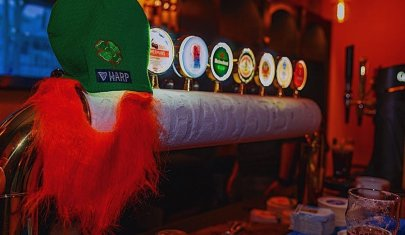 La festa di San Patrizio a Firenze, ecco i locali dove la birra scorre a fiumi per una notte speciale