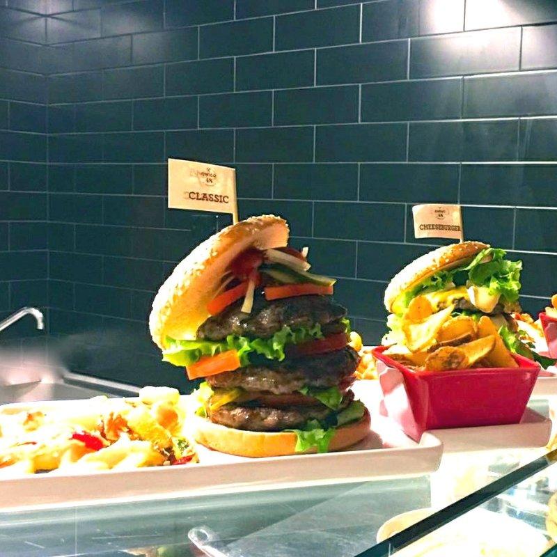 Gli Hamburger, Quelli Buoni, A Sirmione