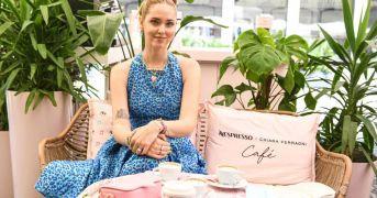 Chiara Ferragni ha aperto il suo temporary caffè in Brera a Milano