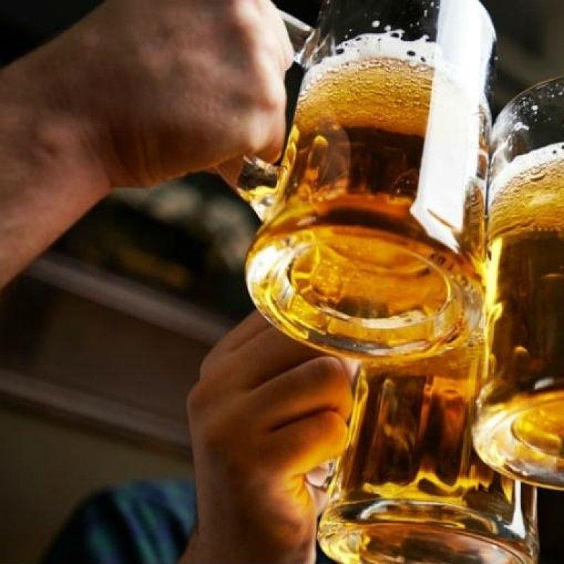 Aperitivo al pub: ecco dove farsi una buona birra prima di cena a Firenze