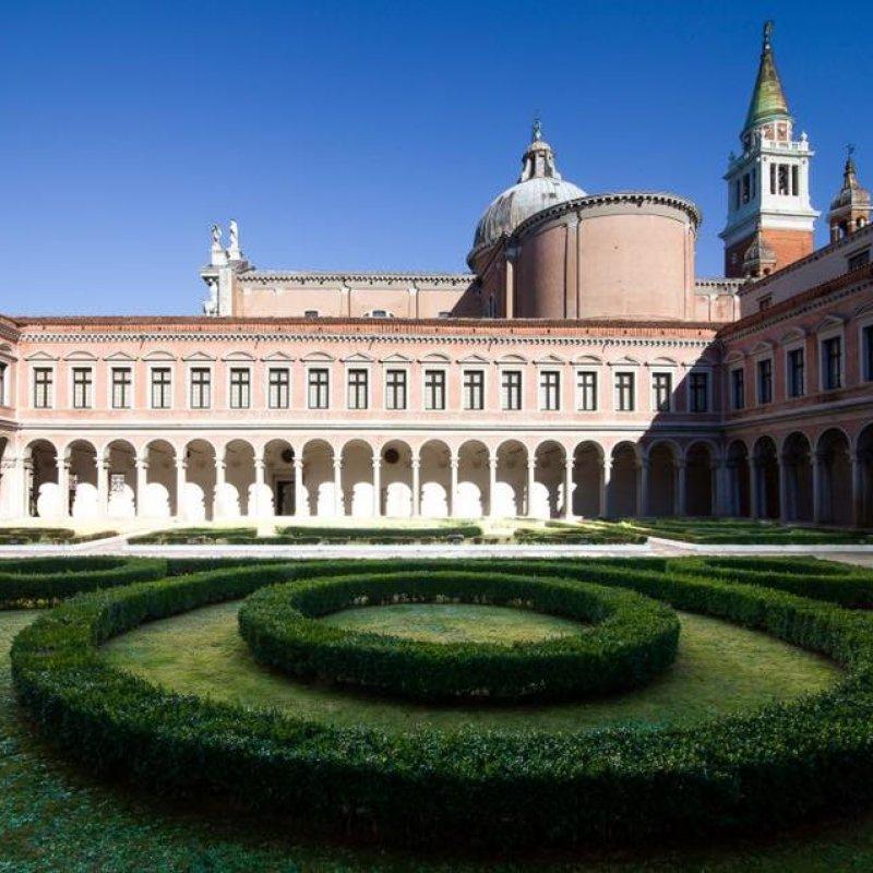 Giardini, bistrot e una pizza cotta su un'Ape: una Venezia così non l'hai mai vista