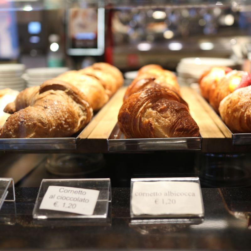 Il buongiorno si vede dalla colazione d'asporto. Ecco dove, a Venezia